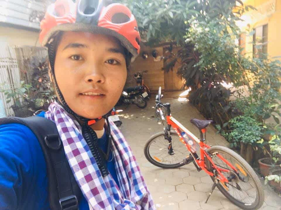 Sochea cycles 120km to her hometown